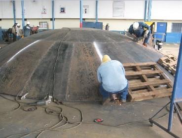 Fotografía 2. Construcción del techo del tanque.
