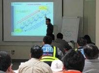 Figura 2. Clases del curso de la Unidad de Nitrógeno suministrada por Air Liquide a cargo de Philippe Moursoux, instructor profesional. Asistieron a este curso 18 colaboradores de COLP