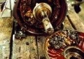 Ilustración 26 Algo muy común: excesiva aplicación de grasa en motores
