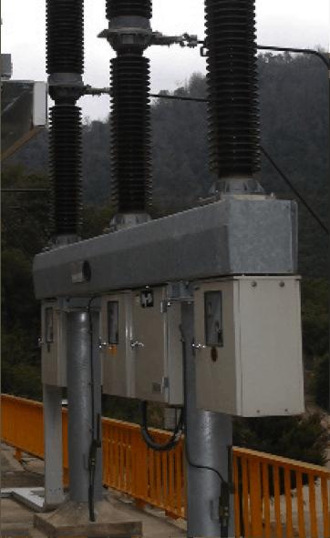 Fotografia 2. Interruptor de potencia de grupo hidroeléctrico (Fuente: Enel Green Power-Endesa Generación).